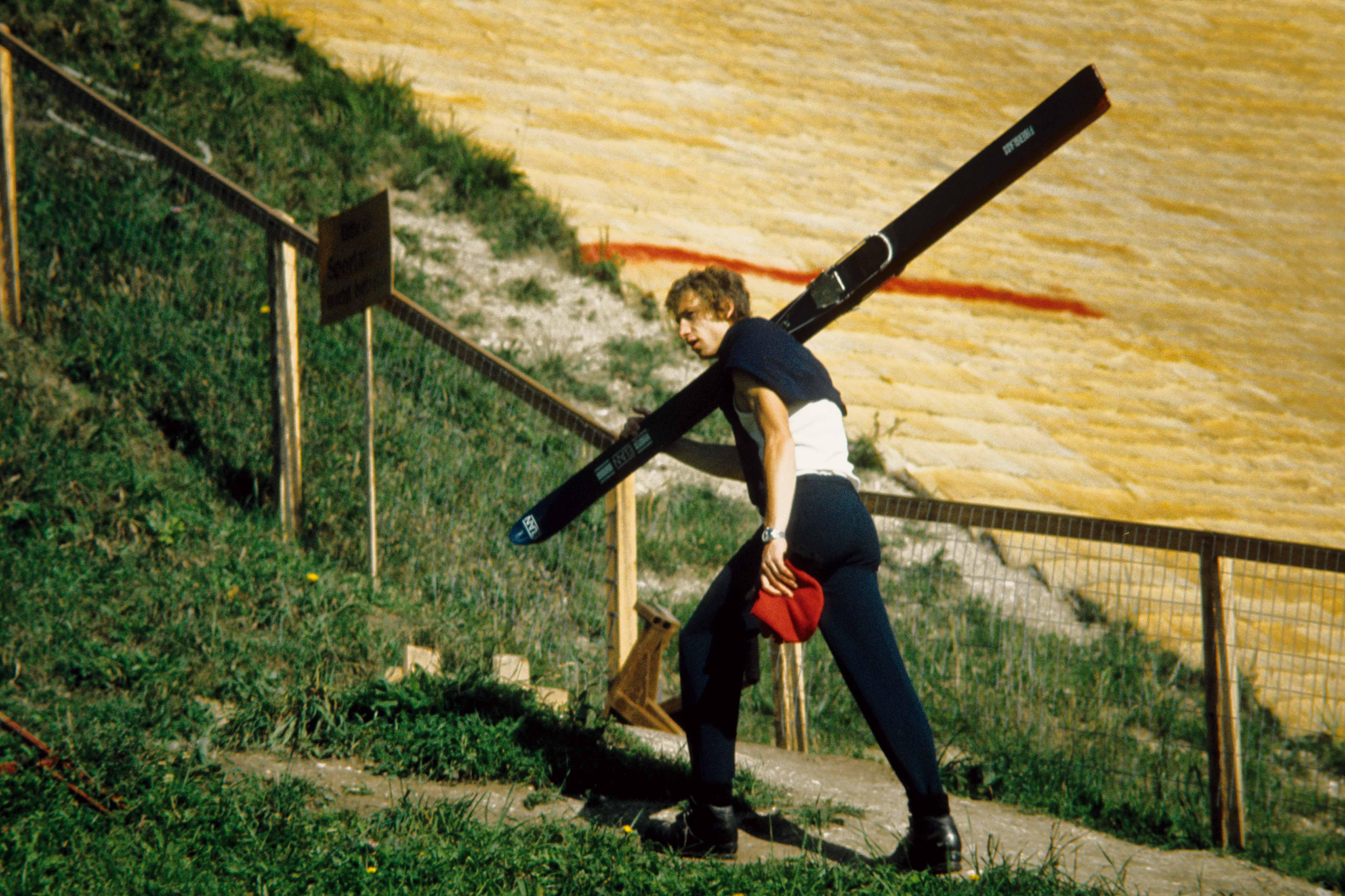 Still from the film Die große Ekstase des Bildschnitzers Steiner