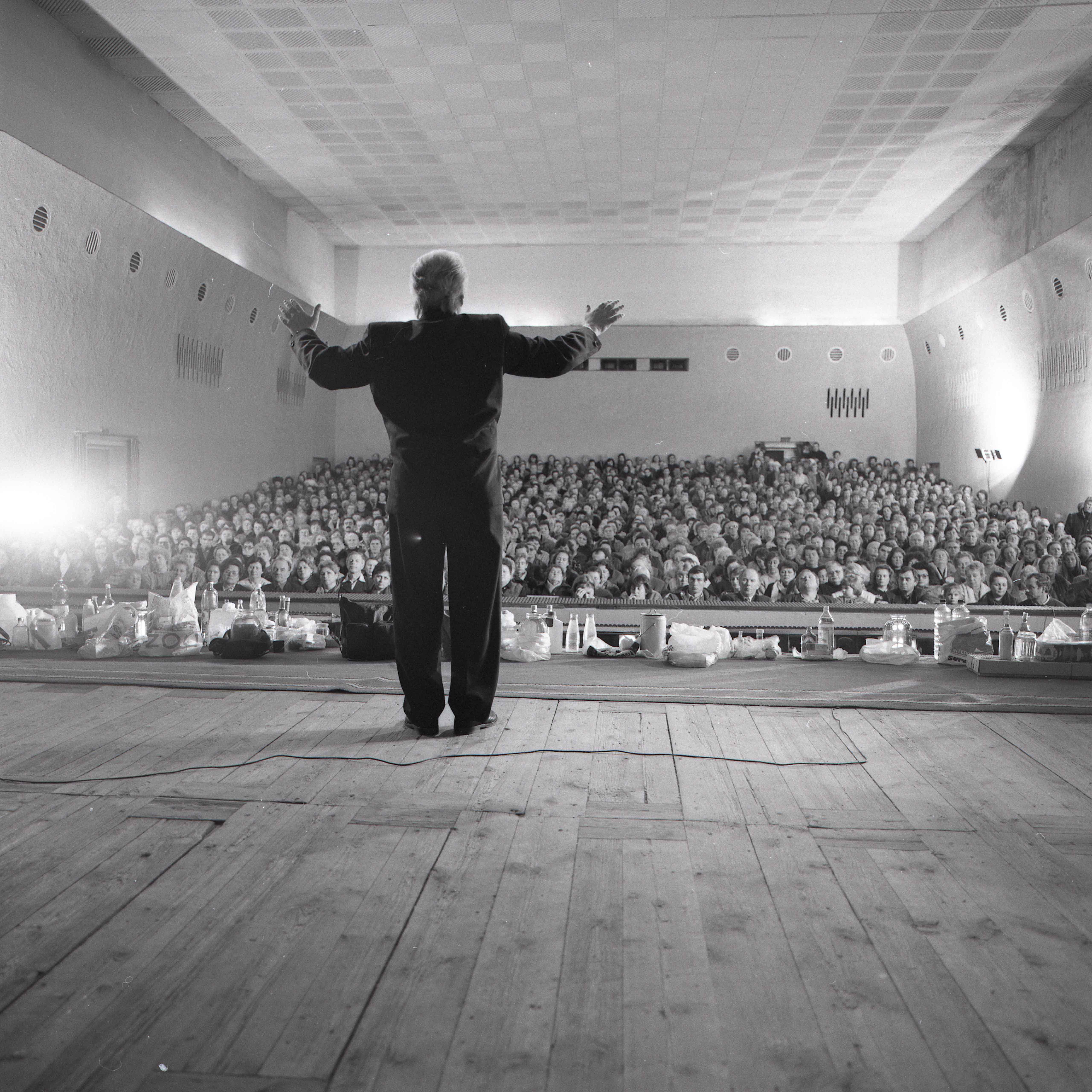 Szenenfoto aus dem Film Glocken aus der Tiefe – Glaube und Aberglaube in Rußland