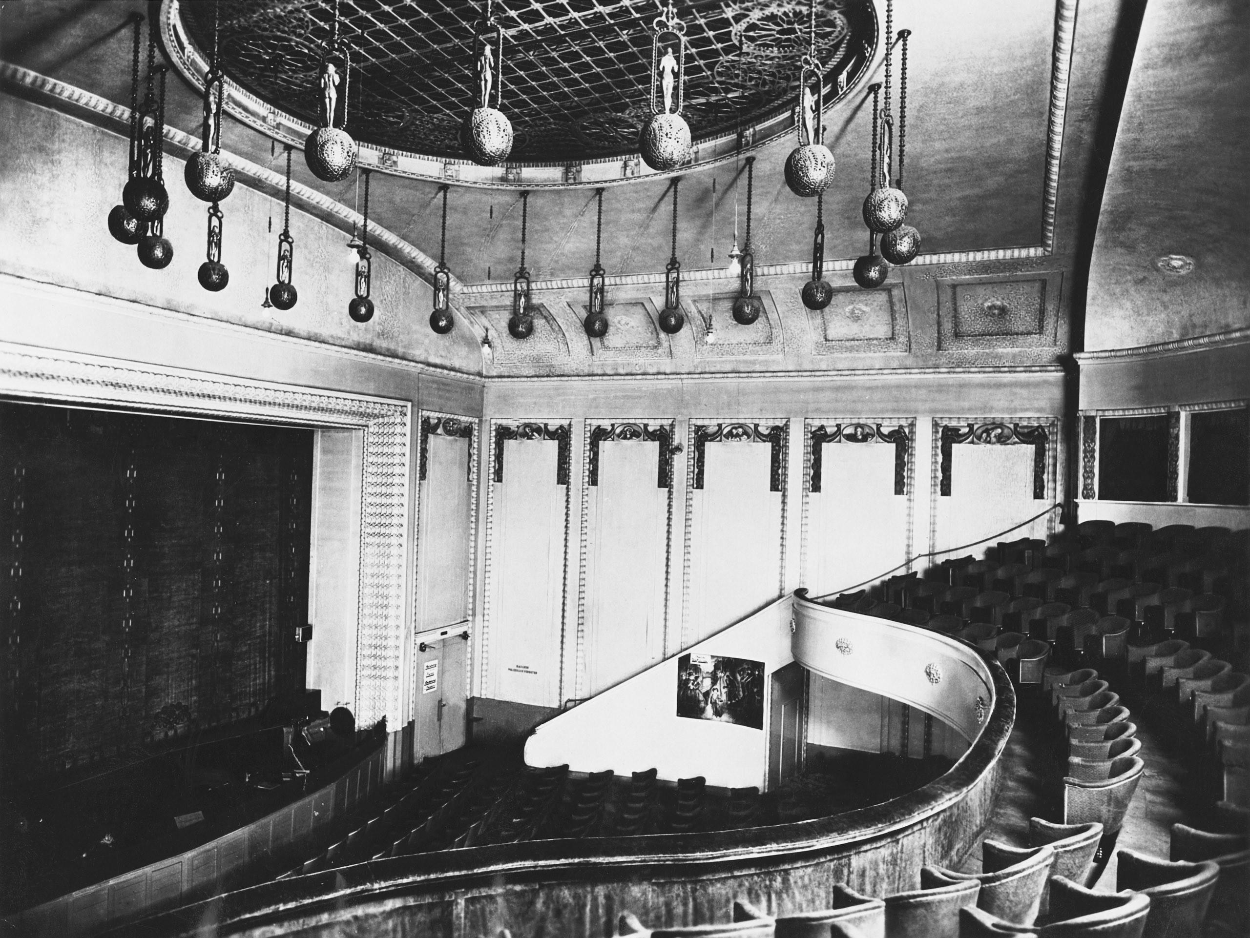 Black and white photo of the auditorium.