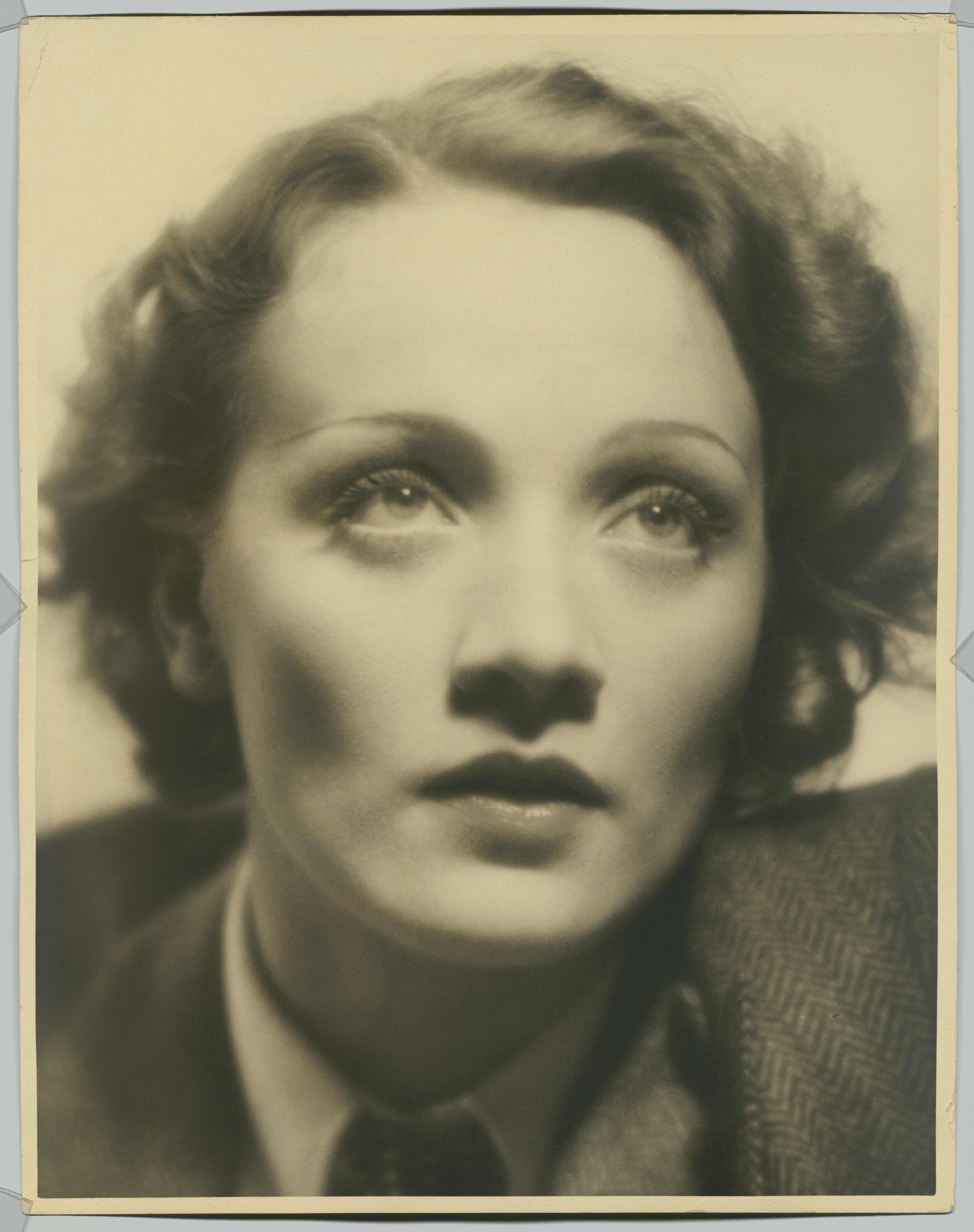 Portrait photo of Marlene Dietrich, Photo: Eugene Robert Richee