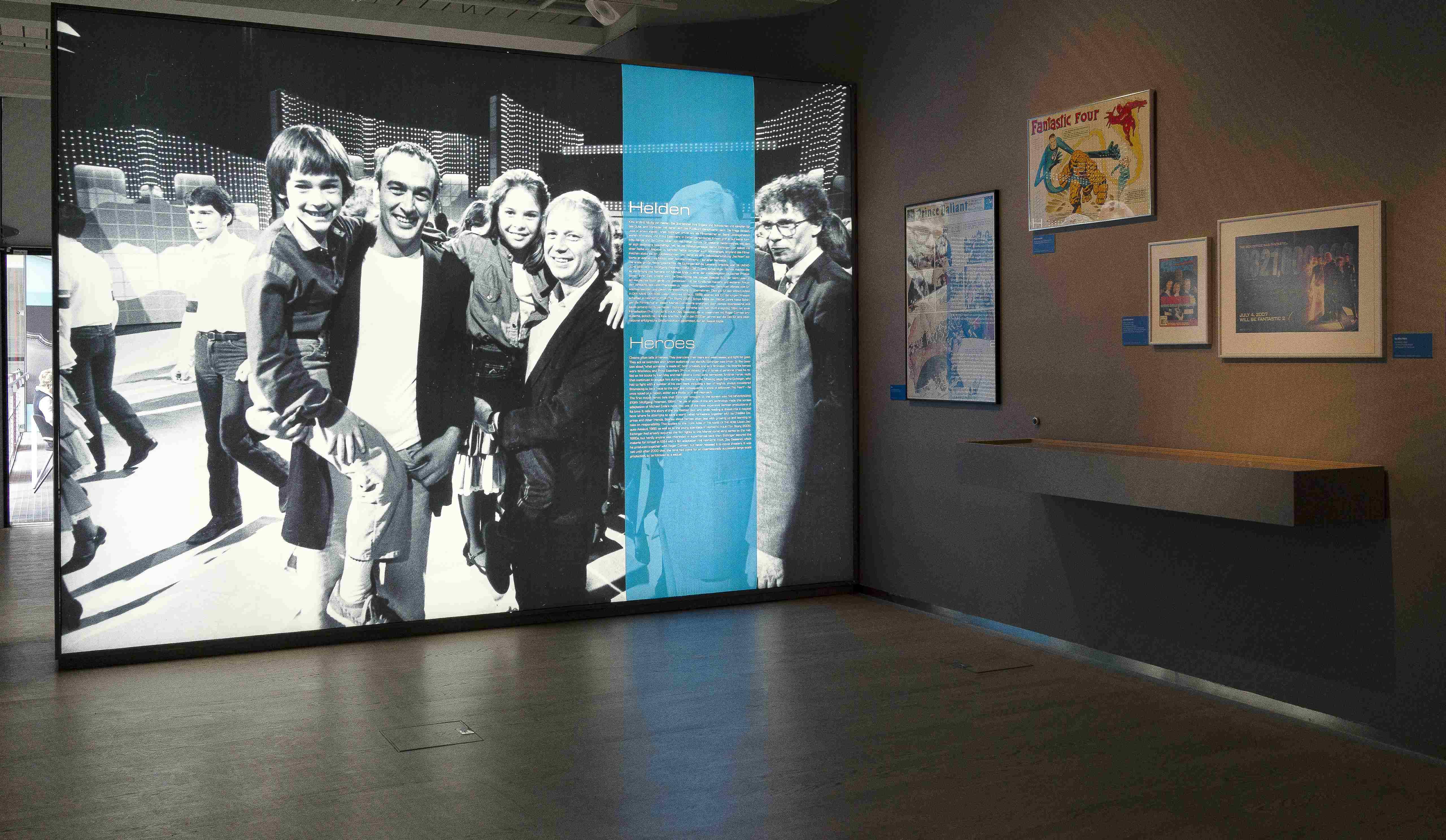 """Raumansicht der Ausstellung """"Bernd Eichinger — ... alles Kino"""", Deutsche Kinemathek, Berlin"""