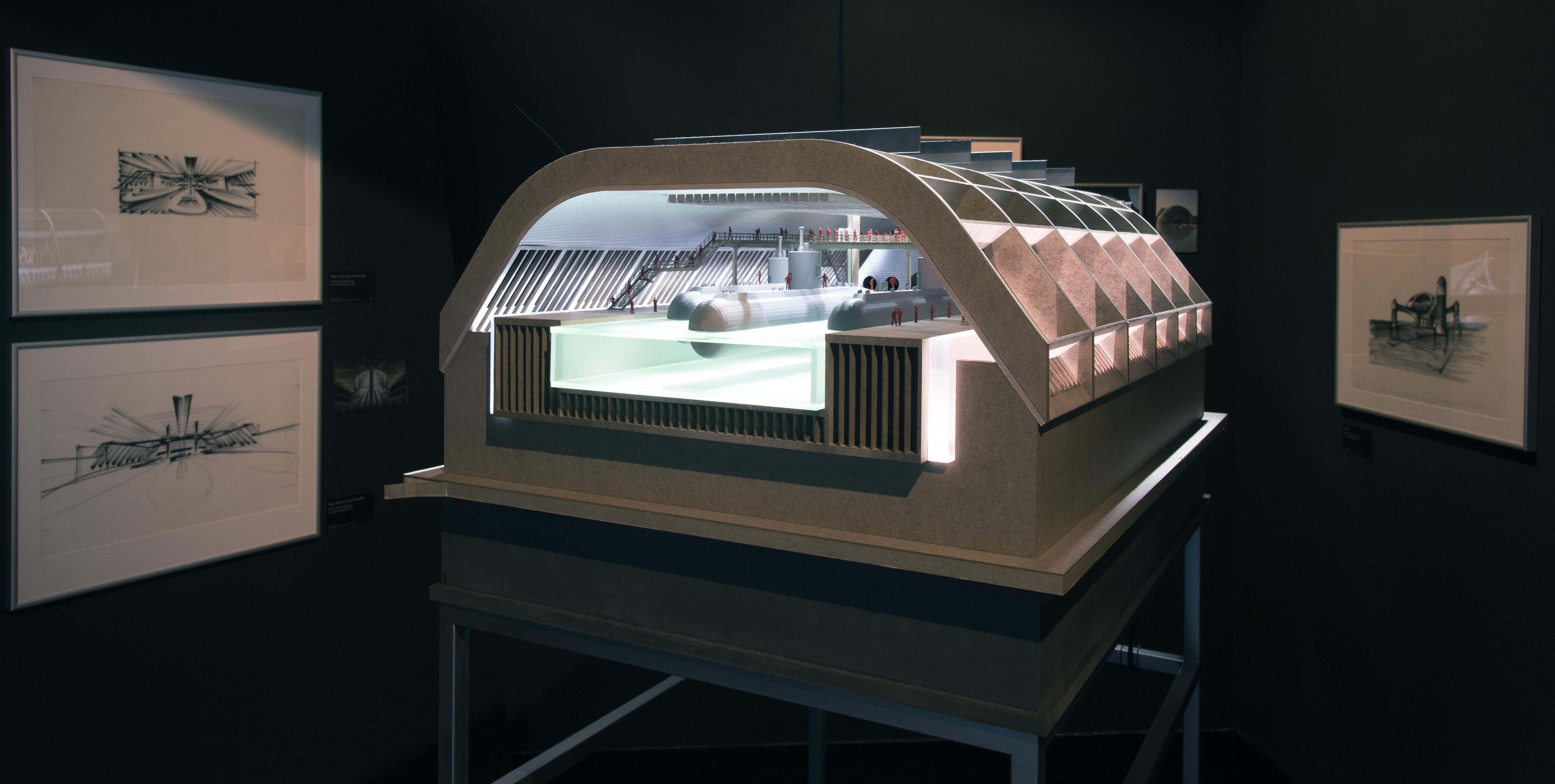 """Raumansicht der Ausstellung """"Bigger Than Life - Ken Adam's Film Design"""", Deutsche Kinemathek, Berlin"""