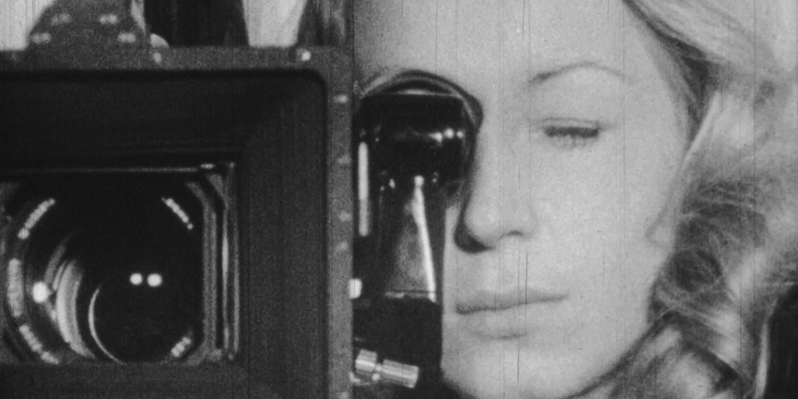 Filmstill aus einem Kamera-Tutorial von DFFB-Studentinnen, BRD 1971