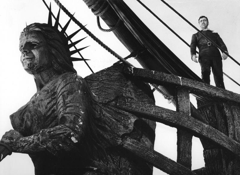 Szenenfoto aus dem Film Der fliegende Holländer (Deutsche Demokratische Republik 1964, Regie: Joachim Herz)