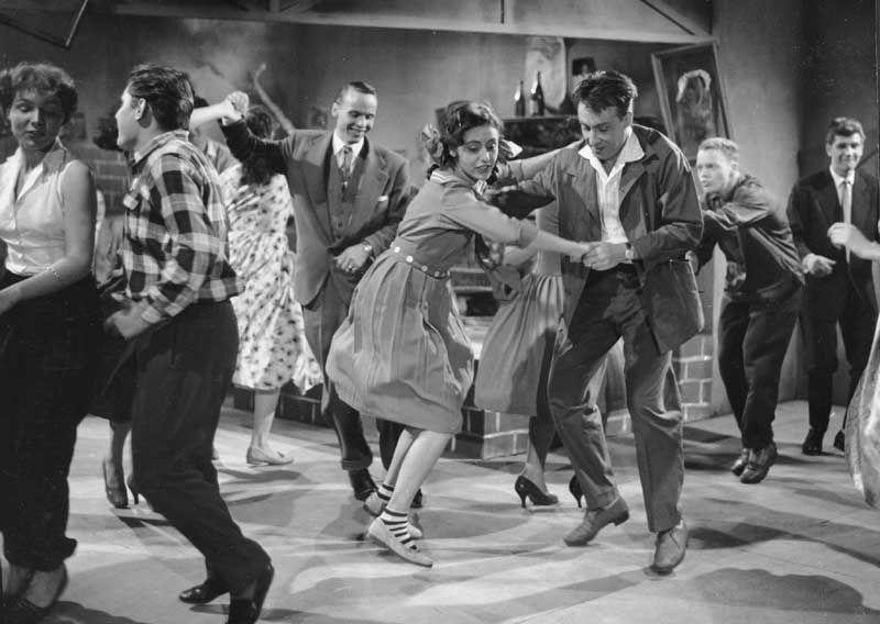 Szenenfoto aus dem Film Liebe, Tanz und 1000 Schlager
