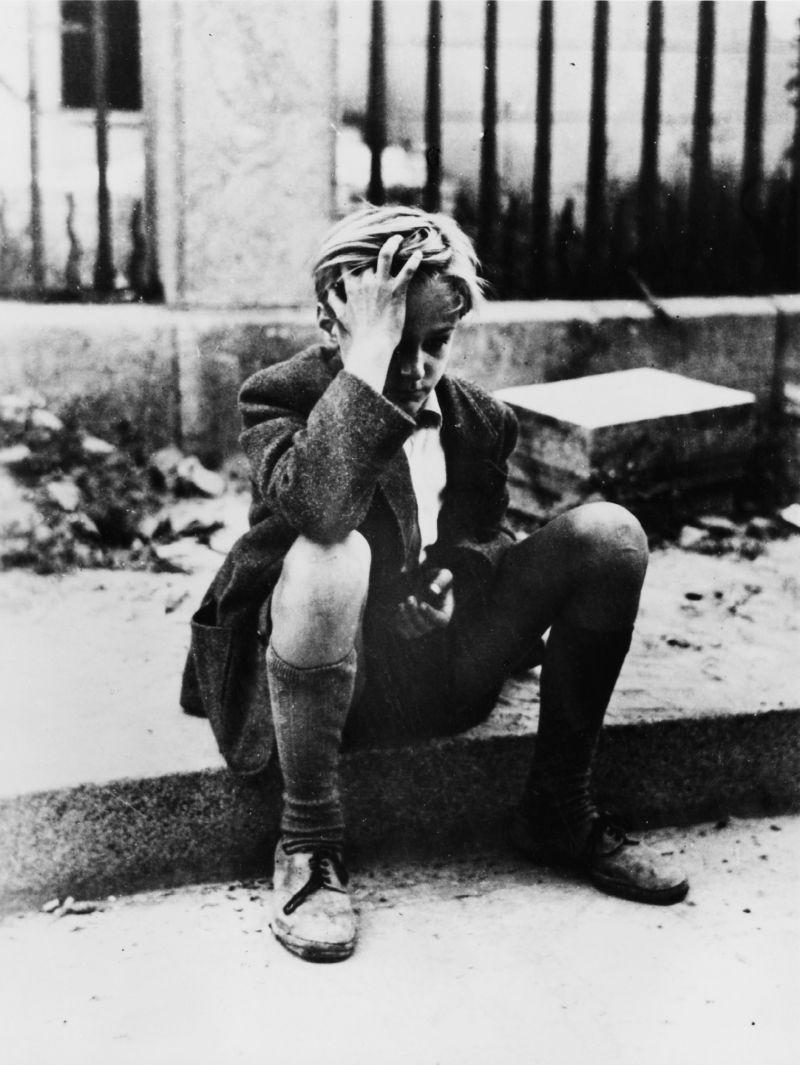 Szenenfoto aus dem Film Deutschland im Jahre Null