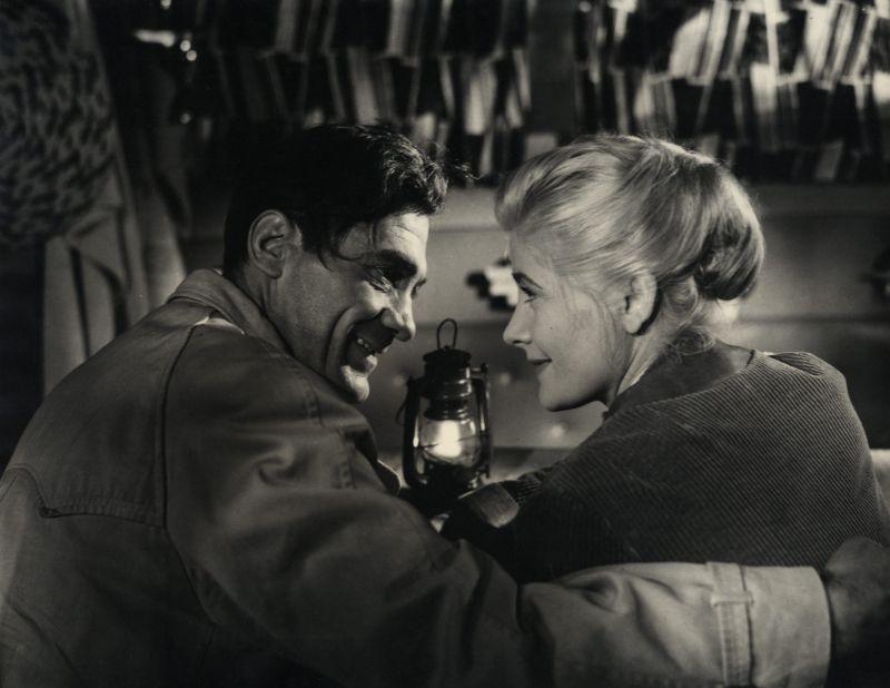 Szenenfoto aus dem Film Der Prozess wird vertagt