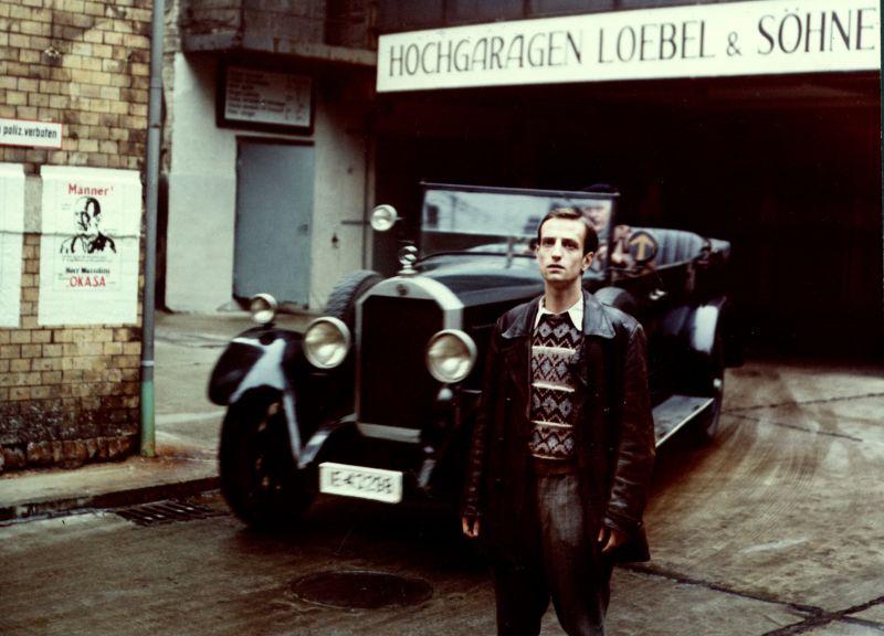 Szenenfoto aus dem Film Junge Leute in der Stadt, DDR 1985, Regie: Karl Heinz Lotz