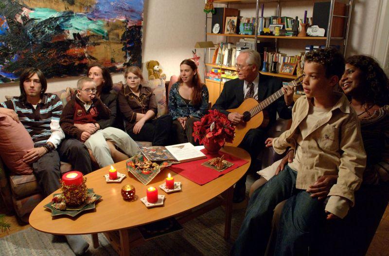 """Lindenstraße, Episode 1099 """"Frohe Weihnachten"""", first broadcast: 12/24/2006"""