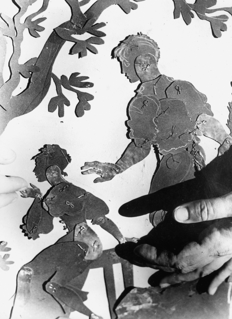 Lotte Reiniger works on a Silhouette Film