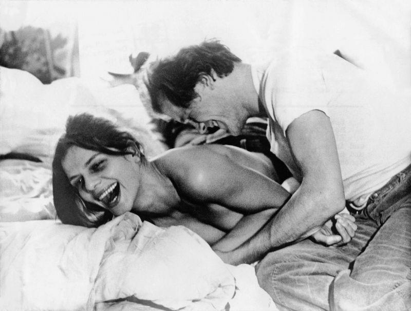 Grischa Huber und Heinrich Giskes in dem Film Unter dem Pflaster ist der Strand