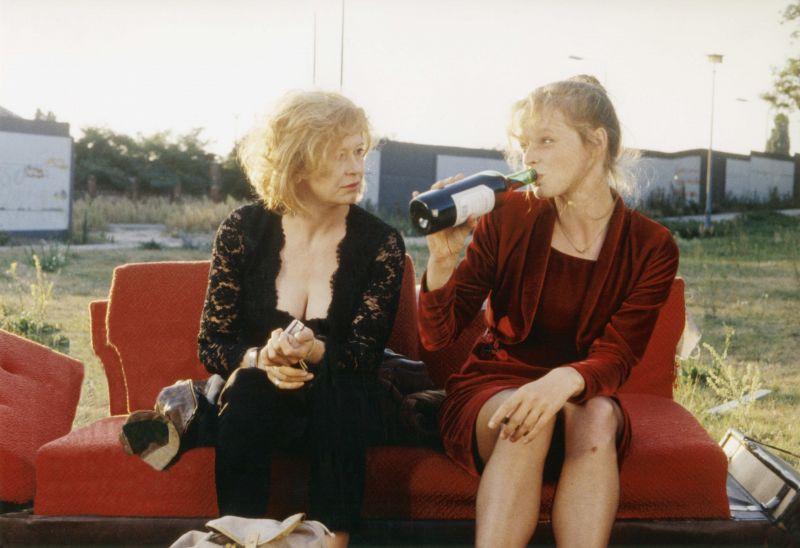 Lisa Kreuzer und Gabriela Herz in dem Film Nie wieder schlafen