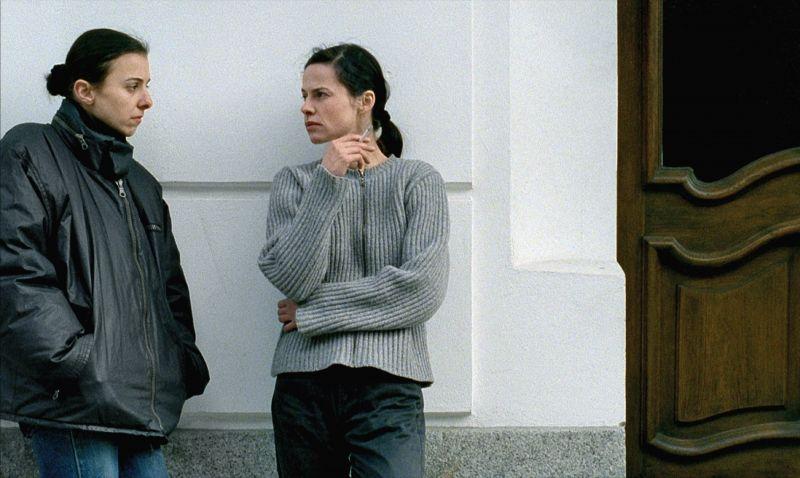 Anna Bolk, Angela Schanelec in dem Film Das Glück meiner Schwester
