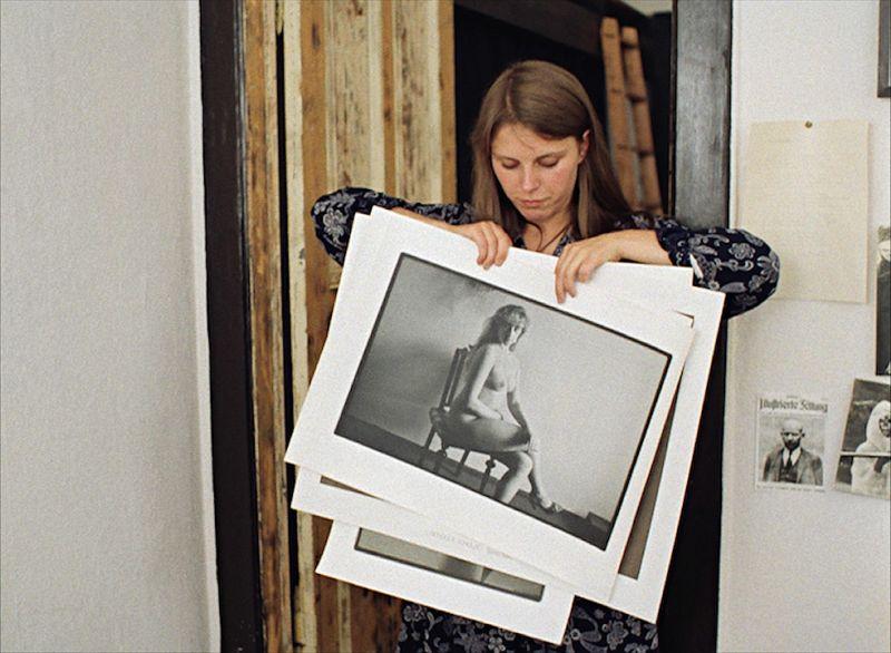 Gundula Schulze in dem Film Aktfotografie