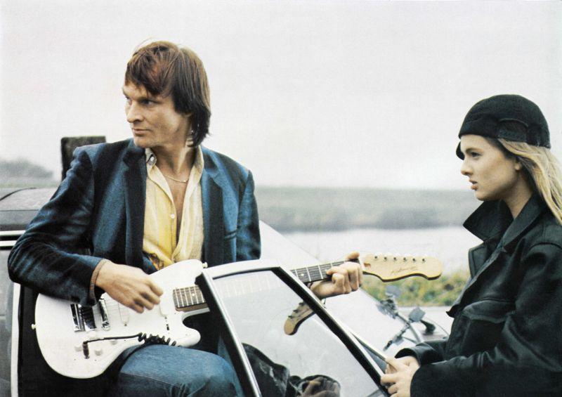 Eisi Gulp und Janna Marangosoff in dem Film In Innern des Wals