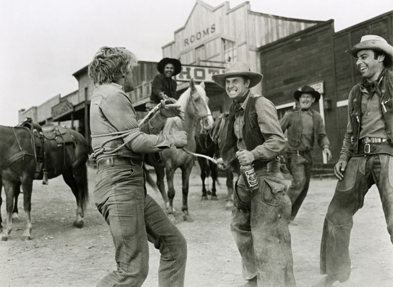 Kirk Douglas in Man Without a Star