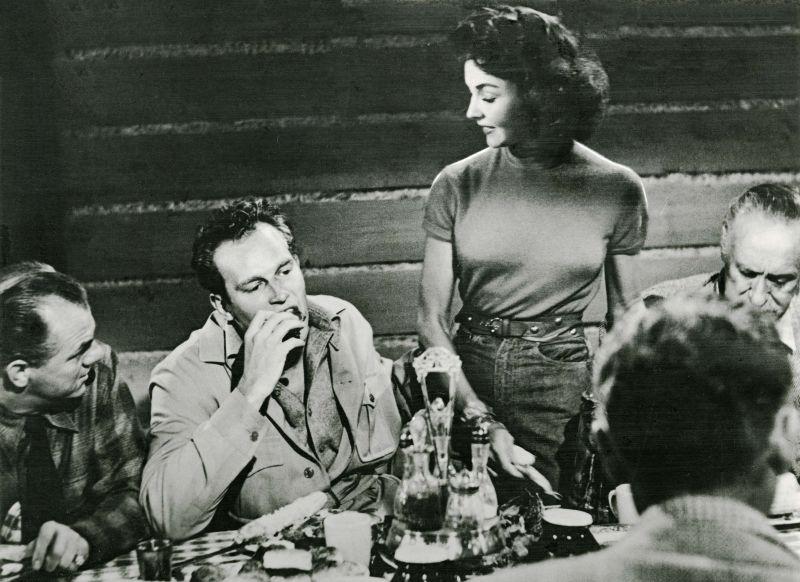 Charlton Heston, Jennifer Jones in Ruby Gentry