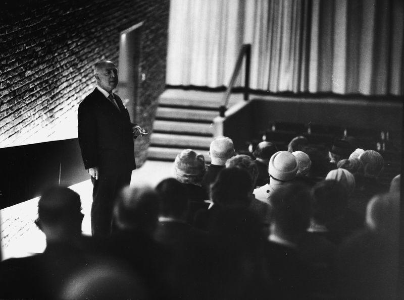 Gerhard Lamprecht bei der Eröffnungsfeier der Deutschen Kinemathek in der Akademie der Künste, Berlin