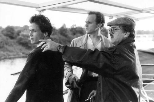 Heinrich Breloer und Ulrich Tukur während der Dreharbeiten zu <i>Wehner – Die unerzählte Geschichte</i> (D 1993) Foto/©: Michael Kloft