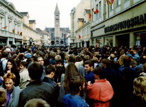 Foto einer Demonstration in Potsdam, 7. Oktober 1989