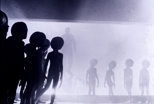 Szenenfoto aus dem Film Close Encounters of the Third Kind (U.S.A. 1977, Regie: Steven Spielberg)