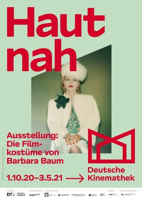 Ausstellungsplakat mit Polaroid-Foto von Hanna Schygulla im Kostüm für Lili Marleen (BRD 1981, Regie: Rainer Werner Fassbinder)