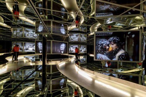 Spiegelsaal der ständigen Ausstellung