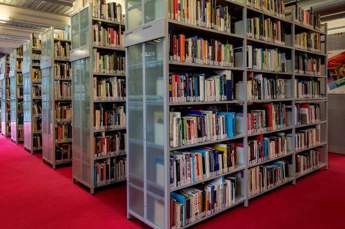 Blick in die Bibliothek der Deutschen Kinemathek