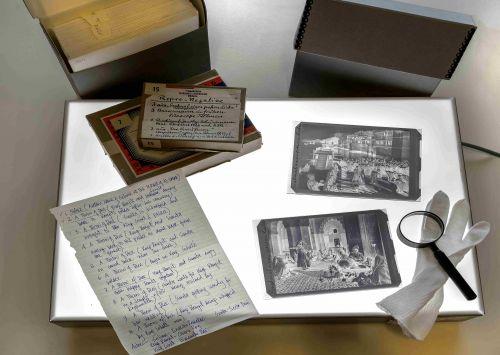 Leuchttisch zur Untersuchung von historischen Artefakten