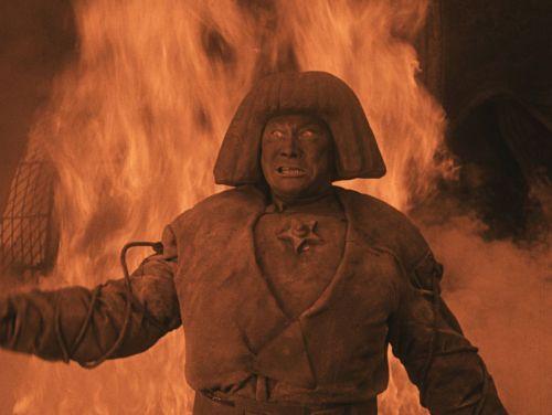 Szenenfoto aus dem Film Der Golem, wie er in die Welt kam