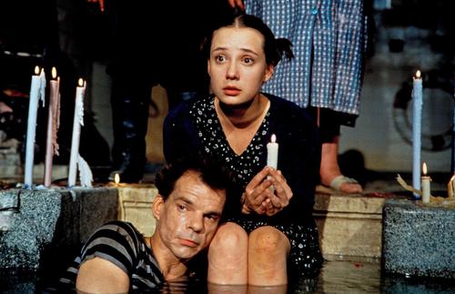Szenenbild aus dem Film Tuvalu (D 1999, Regie: Veit Helmer)